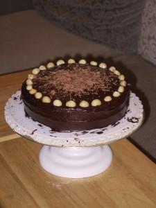 choco_macadamia_cake